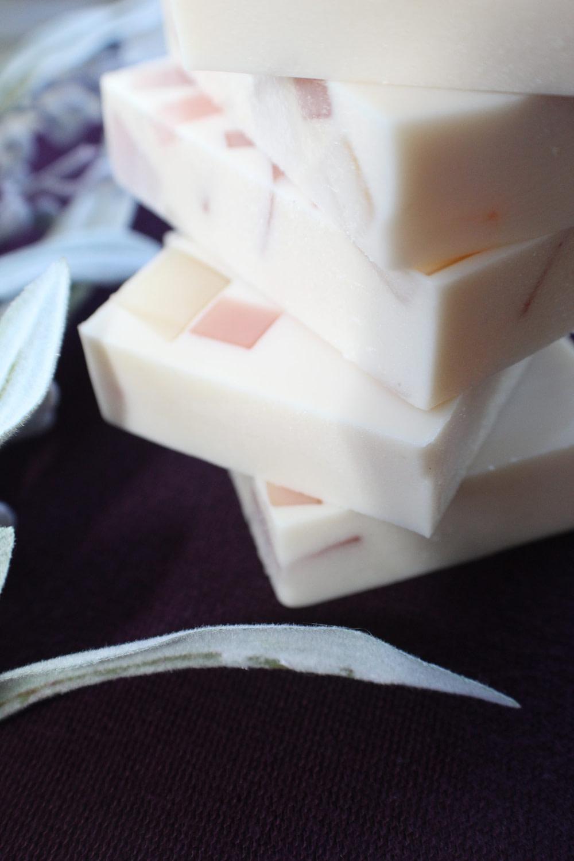 Goat Milk Soap Hydrates Dry Skin