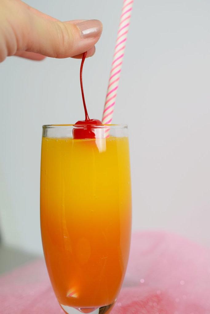Non-Alcoholic Sweetheart Sunrise