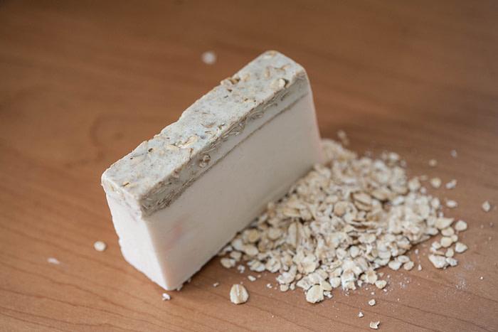 Oatmeal Moisturizing Soap for Dry Skin
